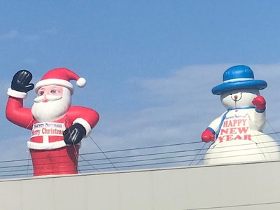 Rooftop Inflatable Santa snowman Decoration